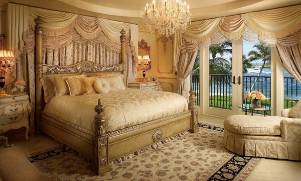 Bedroom decorated in Victorian style